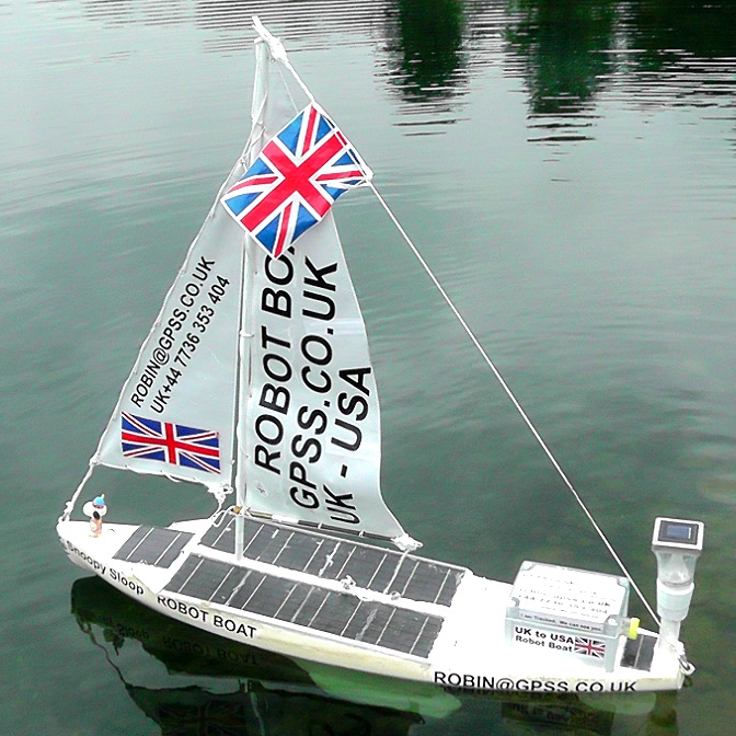 the new Snoopy Sloop robot boat 10 sailing